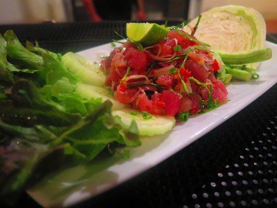 Barracuda Roof Top Restaurant & Bar: Yam Tuna