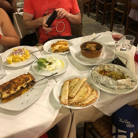 Liondi Traditional Greek Restaurant Photo