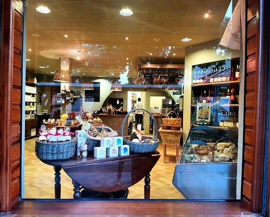 A Cantina Di Mateu: Boutique