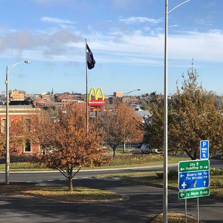フラッグ イン セントラル シティ Picture