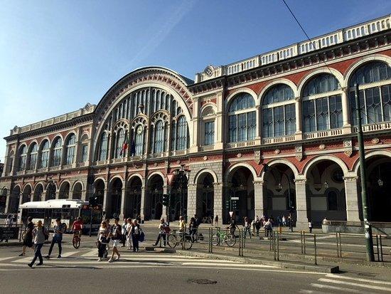 Hotel Napoleon Torino : Stazione Porta Nuova