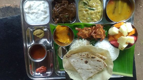 Green Restaurant and catering: Special thali