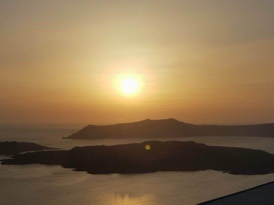 Santo Winery : sunset