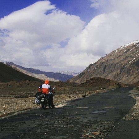 Freedom Riderss: On TOp of the World .. Ladakh