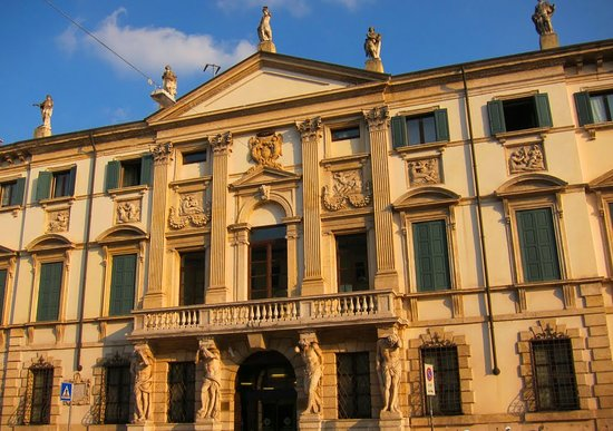 Palazzo Orti Manara