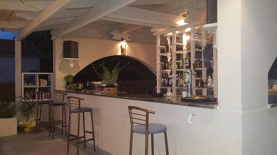 Kefalos Greek Cuisine & Bar: Barretje