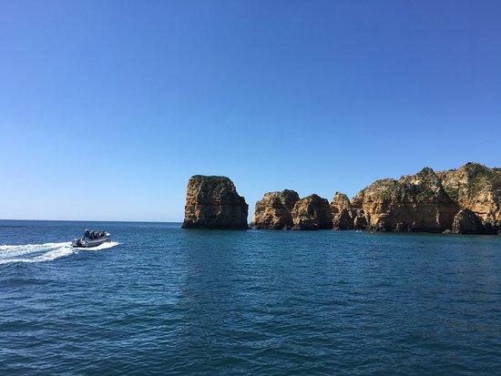 Actual Boat Trips: Visitas às Grutas da Ponta da Piedade com os nossos experientes colaboradores