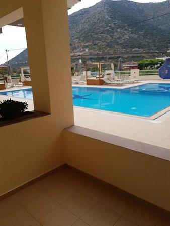 Hotel Nostos: 20180518_093822_large.jpg