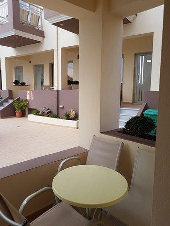 Hotel Nostos: 20180518_093824_large.jpg