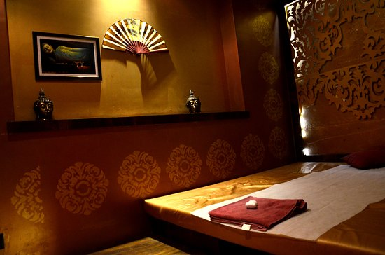 Spa 55: Clean & HygenicTraditional Thai Massage Rooms to Pamper your aching muscles
