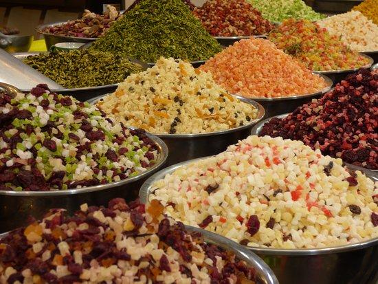Mahane Yehuda Market: Glorious produce