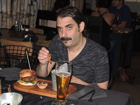 ENSO Restaurant & Bar Lounge: hamburgher&chips