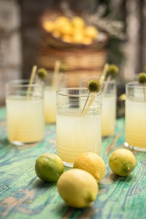 Platanos - The Puressence Cafe: Enjoy our delicious home-made refreshing lemonade