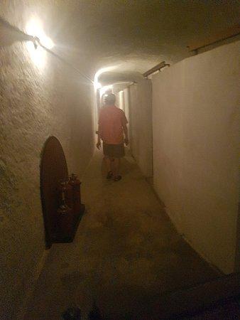War HQ Tunnel ภาพถ่าย