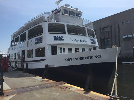 Boston Harbor Cruises: the boat we went on