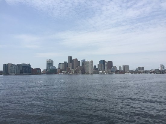 Boston Harbor Cruises: the view on the way out