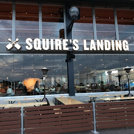 The Squire's Landing Photo