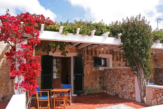 Rural Hotel Morvedra Nou: Terraza habitación doble con vistas al campo