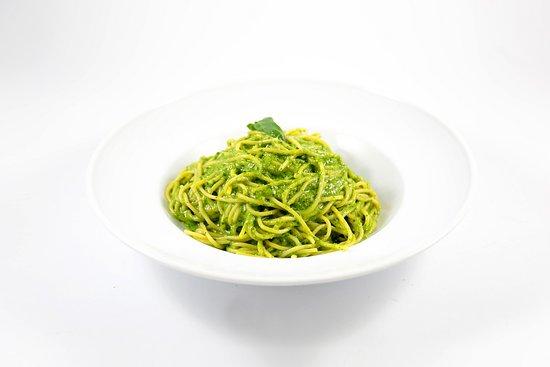 Restaurant Luigi Maarif: SPAGHETTI AL PESTO - Basilic, ail, parmesan, pignon