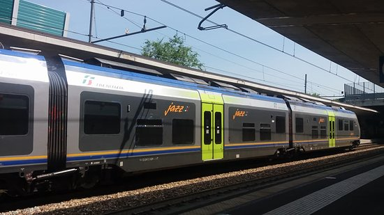 Stazione Ferroviaria Torino Stura: Stazione Torino Stura