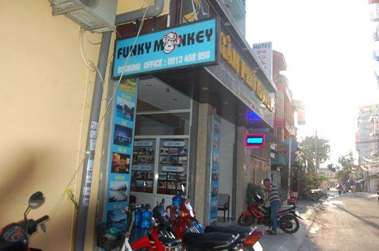 Funky Monkey: front