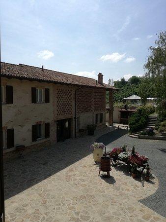 Calosso, Włochy: IMG_20180603_105837_large.jpg
