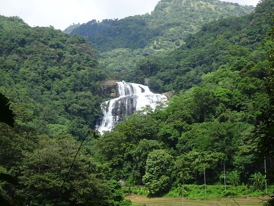 Rathna Ella waterfall