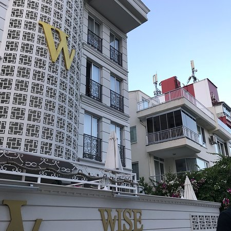 Wise Hotel & Spa Photo