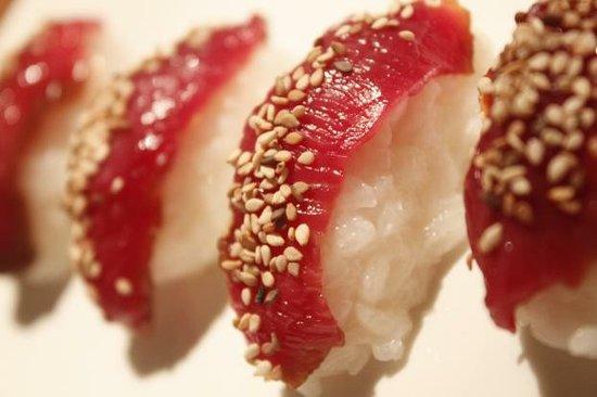 Sunshine Sushi: Riz fromage croustillant et avocat