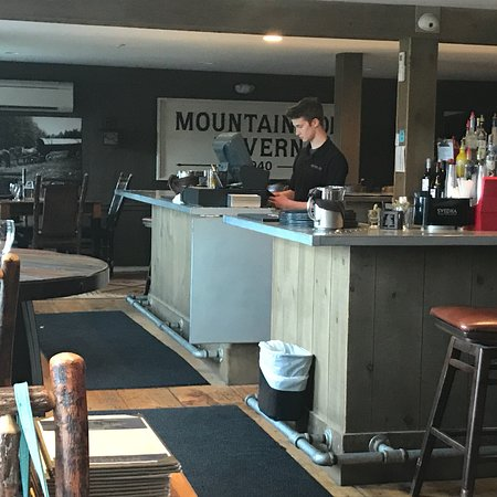 The Mountain Top Inn & Resort: photo3.jpg