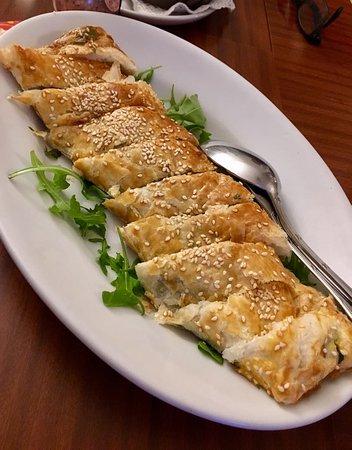 Osteria dello Stambecco: Strudel salata con speck e rucola
