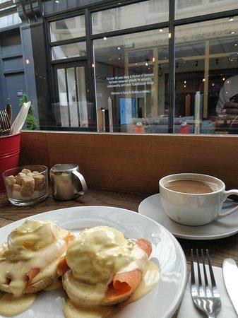Servini's Cafe ภาพถ่าย