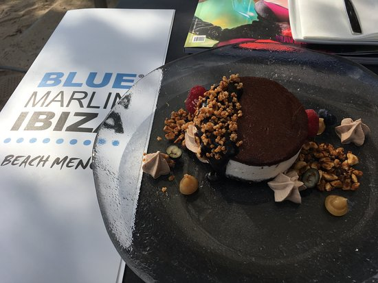 Blue Marlin: Ice cream sandwich