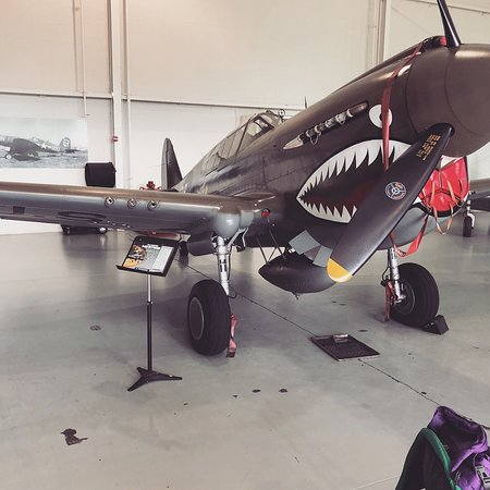 Military Aviation Museum: P-40E Kittyhawk