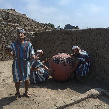 Huaca Pucllana Photo