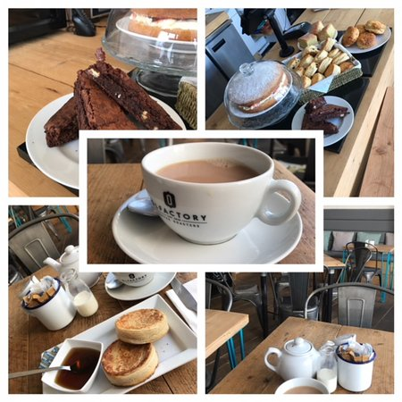 The Lighthouse Cafe: Organic Coffee and Cakes