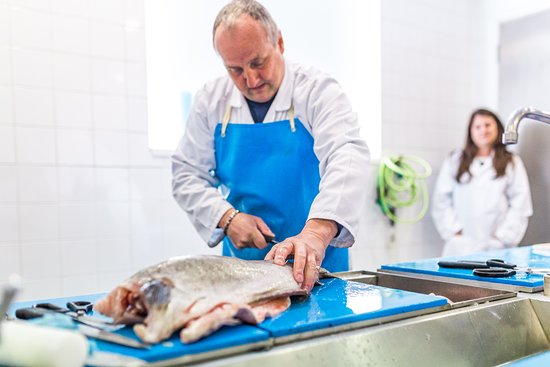 The Seafood School at Billingsgate: Cutting session