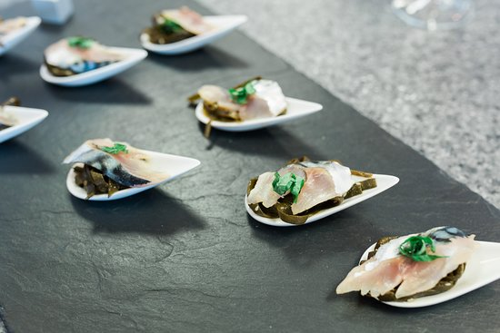 The Seafood School at Billingsgate: Tasting Canapes
