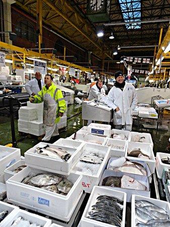The Seafood School at Billingsgate: Buying Fish