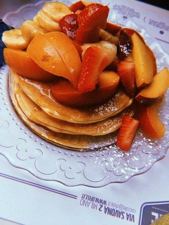 Ofelé.Coffee & Cuddles. : Pancakes con sciroppo d'acero e frutta