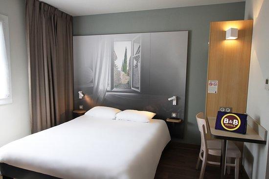 B&B Hotel Valence TGV - Romans: la chambre pour 2 personnes de l'Hôtel B&B Valence TGV Romans
