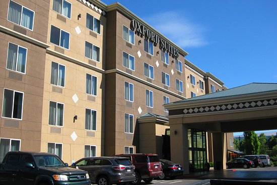Oxford Suites Downtown Spokane : The front of the Oxford Suites