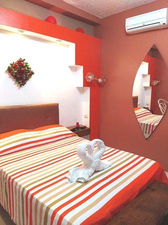 Stylus Hotel : Habitación matrimonial con aire acondicionado