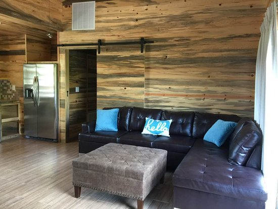 Crider's on the Frio : Pearly Creek's Living Room.