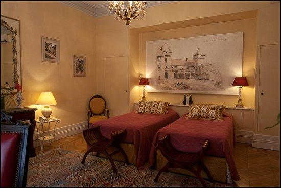 Chateau de La Riviere: 1 des 5 chambres d'hôte du Château de La Rivière