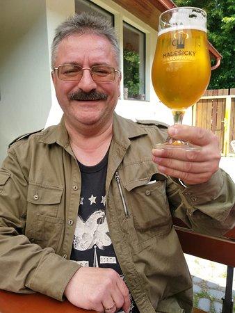 Malešický mikropivovar: Пиво играет в бокале!!!