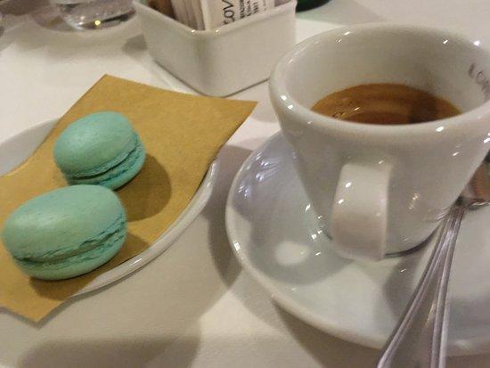 Ristorante Letizia Gourmet: macarons fatti in casa!