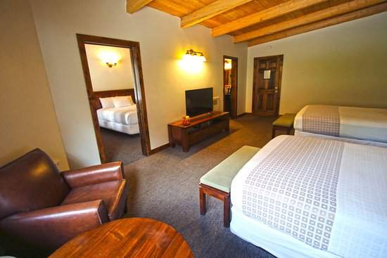 Mount Princeton Hot Springs Resort: Lodge Room