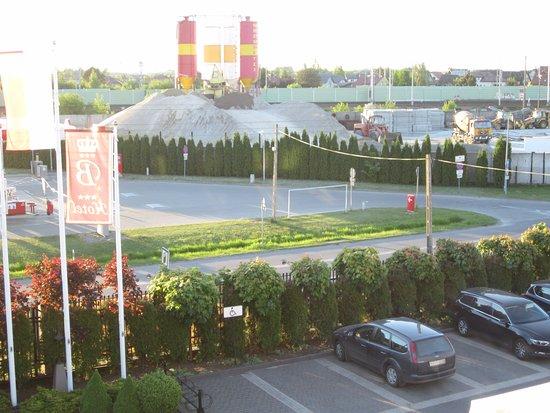 Hotel Batory: Вид из окна нашего номера