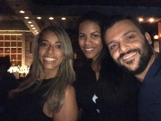 Pub Crawl Beirut: Brazilian Beauty !!